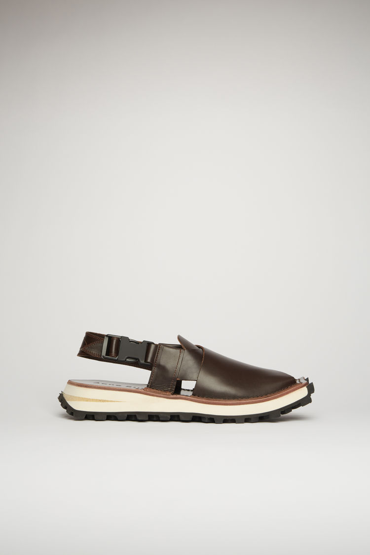 아크네 스튜디오  Acne Studios Crossover leather sandals brown/black