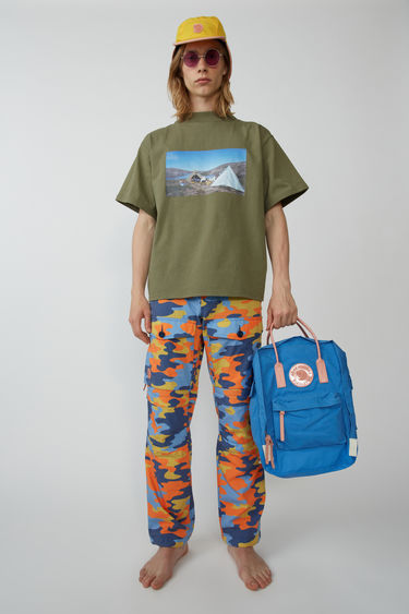 아크네 스튜디오 Acne Studios Cargo trousers blue/orange