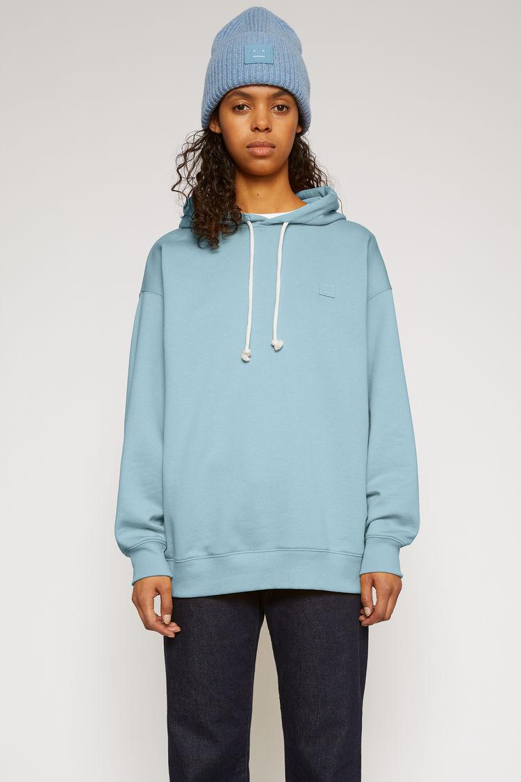 아크네 스튜디오 '페이스' 오버사이즈 후드티 - 미네랄 블루 ('꼰대인턴' 박해진 착용) Acne Studios Oversized hooded sweatshirt