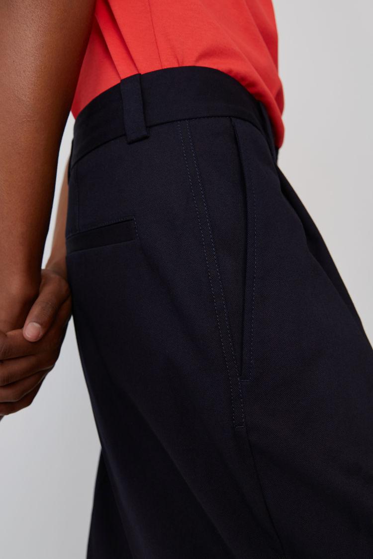 Acne Studios - Cuffed, cropped trousers Dark Blue - 5