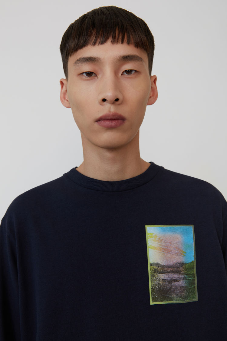 Acne Studios - Langärmliges T-Shirt mit Print Marineblau - 2
