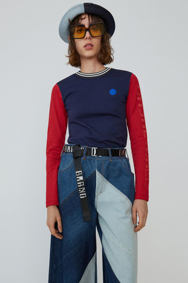 아크네 스튜디오 Acne Studios Long-sleeved t-shirt blue/red