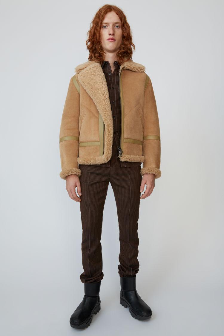 아크네 스튜디오 Acne Studios Shearling aviator jacket almond beige
