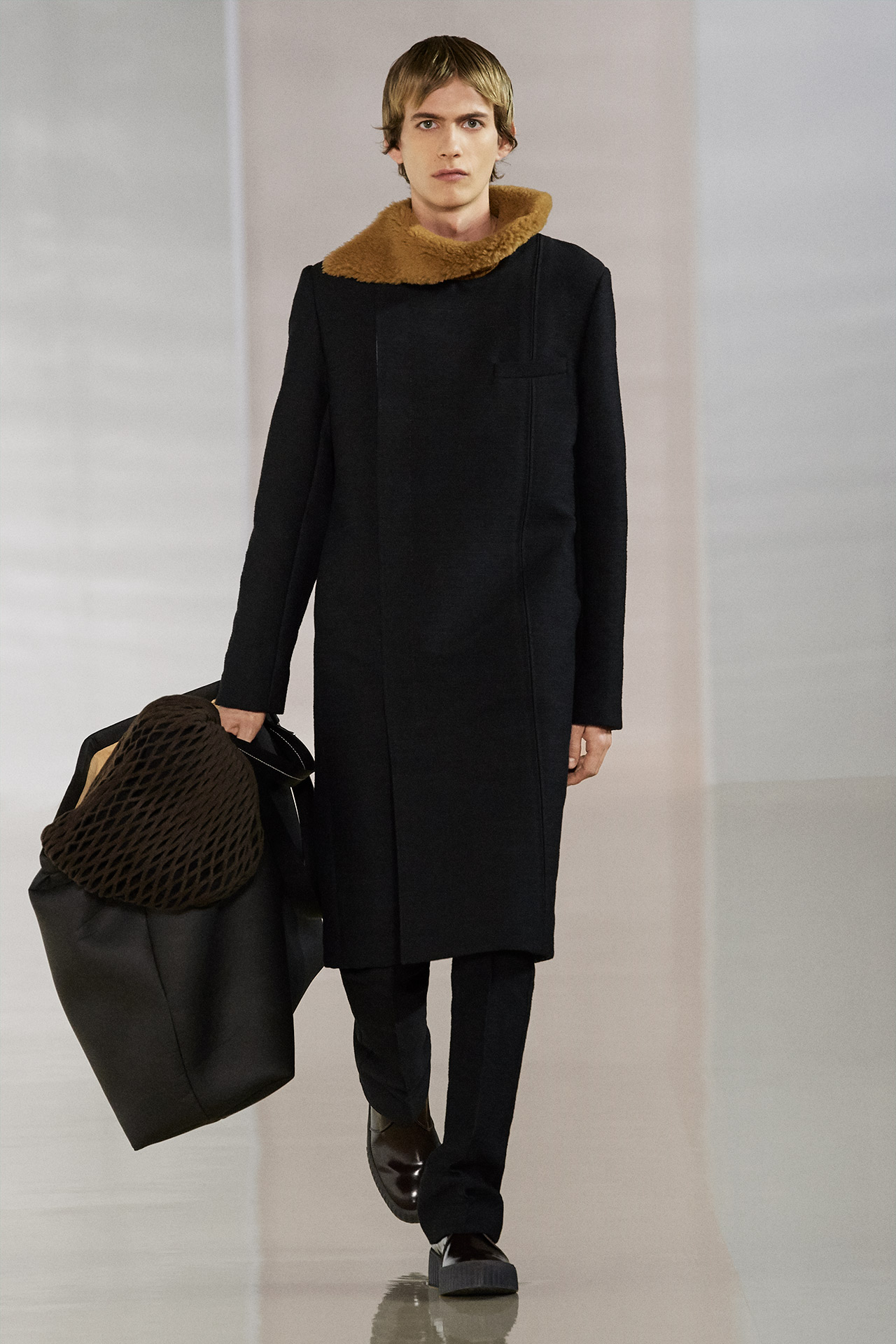Look Fall/Winter 2020, image 22