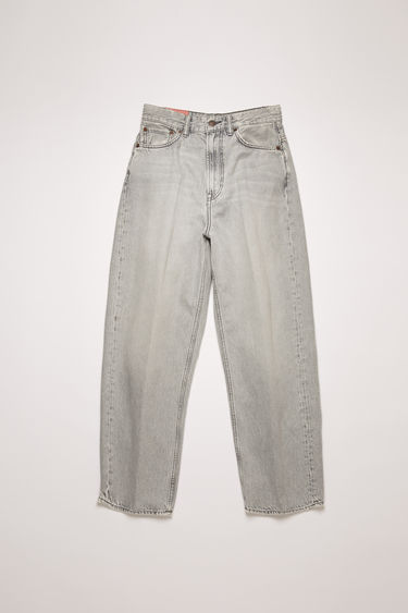 Acne Studios 1993 Stone Grey jeans are crafted from rigid denim and washed for a vintage appeal. They're cut to a super high-rise silhouette with tapered legs that crop above the ankles.