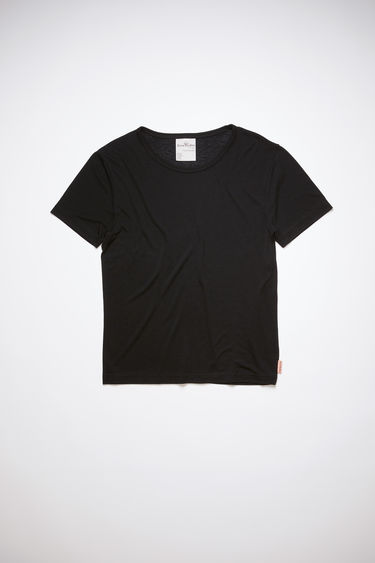 Acne Studios black t-shirt is cut from a lightweight jersey with a round neck and has a small logo-jacquard tab sewn on the side seam.
