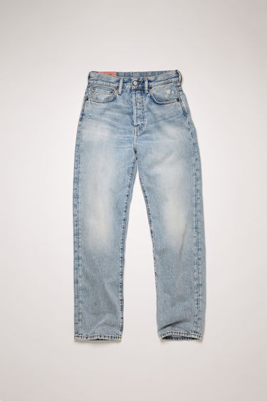 Acne Studios Blå Konst Mece Light Blue Trash jeans are cut to sit high on the waist and shaped to a straight-leg fit.