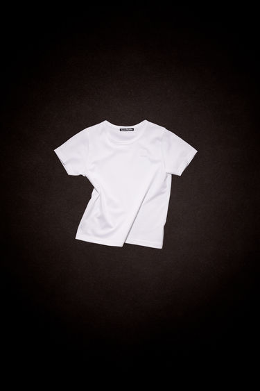 Acne Studios Mini Nash Face optic white t-shirt is cut from a lightweight cotton jersey with a ribbed crew neck and short sleeves, then accented with a tonal face-embroidered patch on front.