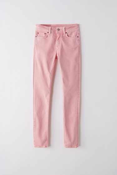Acne Studios Blå Konst Climb milky pink jeans are crafted with super-stretch denim and cut to a mid-rise with a skinny cropped fit.