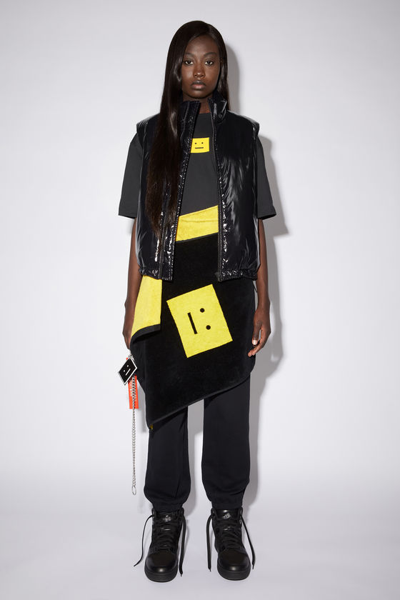 아크네 스튜디오 조끼 Acne Studios Nylon puffer vest - Black
