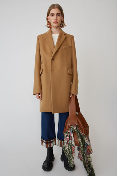 Ready-to-wear FN-WN-OUTW000001 Camel brown 375x