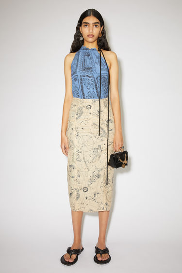 Acne Studios ecru beige ruched skirt is made of linen with a fitted silhouette.