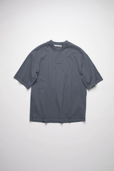 Acne Studios slate grey crew neck t-shirt is made of cotton, featuring a front logo print.