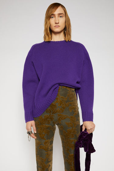Acne Studios electric purple sweater is knitted from Sheland wool to a relaxed shape with softly rounded shoulders, and finished with ribbed edges at the crew neck, cuffs, and hem.