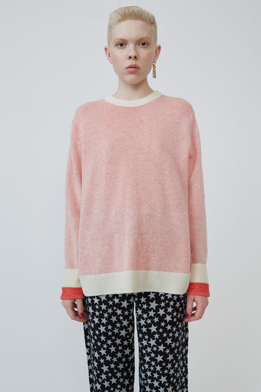 Acne Studios Kassio Cashmere white/red sweater features a two-tone colour effect. This style is based on unisex sizing.