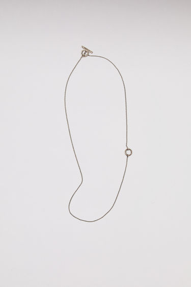 Acne Studios silver chain necklace can be personalised with the letter of your choice. The length of the necklace can be adjustable.