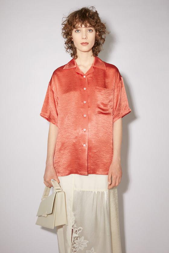 아크네 스튜디오 셔츠 Acne Studios Hammered satin shirt - Coral red