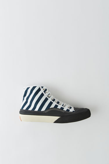 Acne Studios Blå Konst blue/white striped canvas sneakers with chunky rubber details and soles.