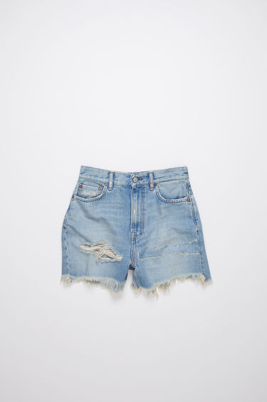 Acne Studios light blue thigh patch shorts are made of rigid cotton denim with a relaxed, high rise fit.