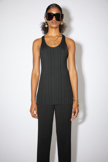Acne Studios black irregular rib knit tank top has a racer back and a classic fit.