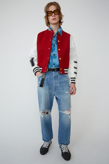 Acne Studios Blå Konst red wool and cotton twill letterman jacket.