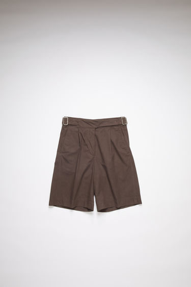 Acne Studios dark brown belted shorts are made of cotton with a relaxed fit.