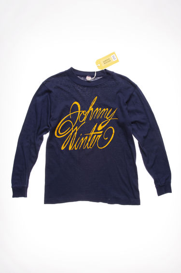 Johnny Winter Auction Johnny Winter Vintage 40 Dark Blue 375x