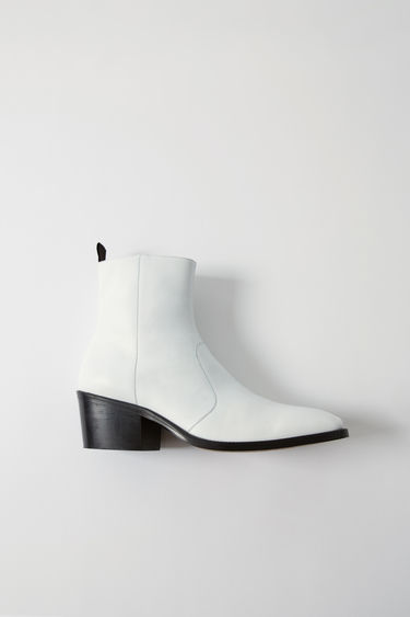 Johnny Winter Capsule BK-MW-SHOE000002 White 375x