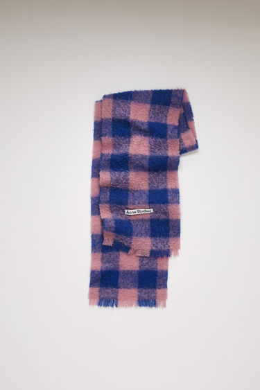 Acne Studios blue/pink scarf is spun from a blend of alpaca, wool and mohair yarns in a relaxed long-length silhouette that drapes through the body. It's finished with a soft, brushed texture and a logo patch above the fringed edges.