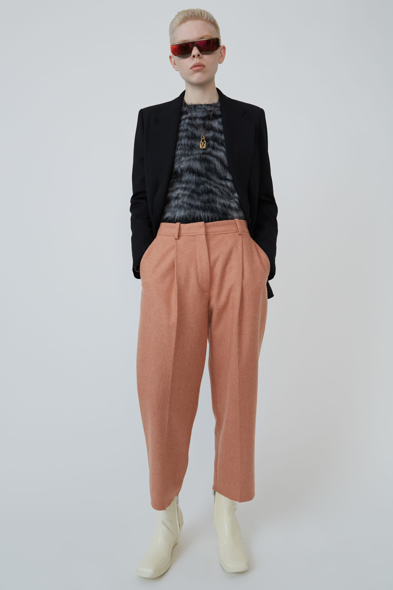 Flannel trousers dusty pink