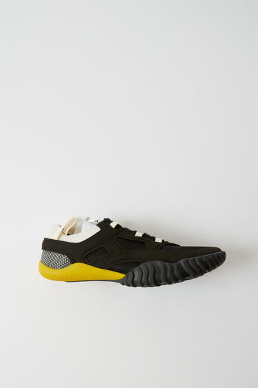 902584bee6b5b3 Shoes Berun M Schwarz Schwarz 375x