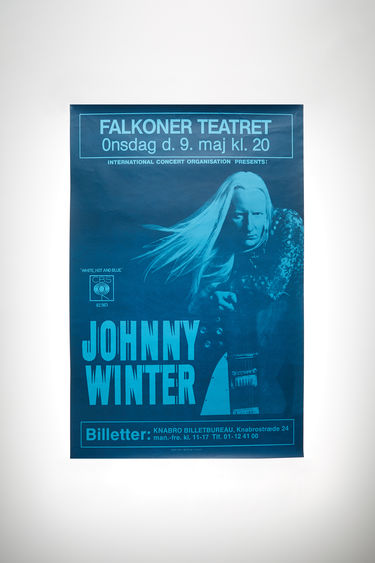 Johnny Winter Auction Johnny Winter Vintage 51 Black/White 375x