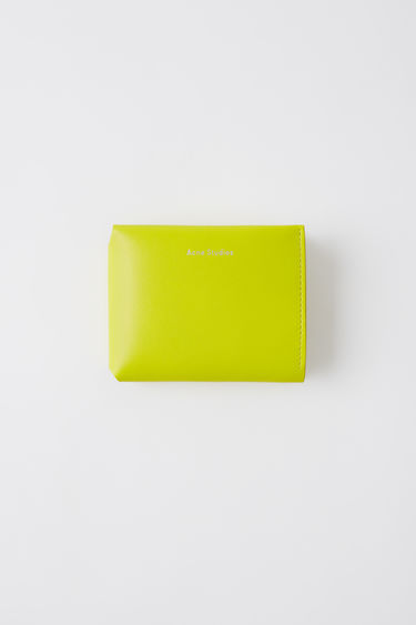 Leather goods FN-UX-SLGS000001 Lime green 375x