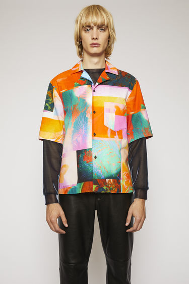 Acne Studios pink/orange shirt is cut from lightweight cotton to a boxy silhouette and patterned with an abstract botanical print.This item is individually crafted, therefore, the print may slightly differ from the images shown.