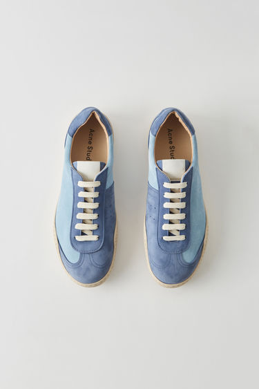 Ready-to-wear Lars Nubuk Light blue 375x