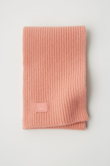 Acne Studios Mini Bansy N Face Pale Pink 375x