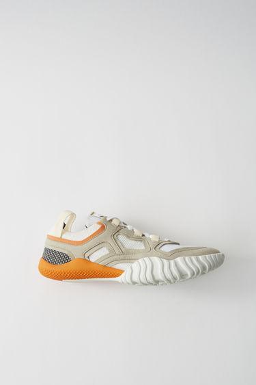 0cc5cc7cae02d2 Shoes Berun M Grey white 375x