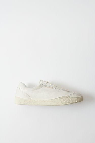 12f38a71cea Shoes Lars Tumbled White 375x