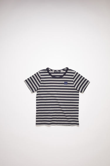 Acne Studios children's navy crew neck t-shirt is made from organic cotton with a regular fit and a face logo patch.