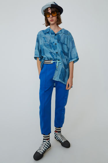 09615c1d7 BLÅ KONST BK-UX-TROU000001 Ocean blue 375x. Printed sweatpants