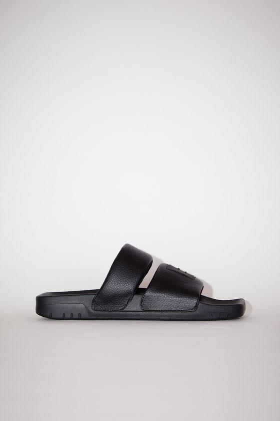 아크네 스튜디오 샌들 Acne Studios Flat sandals - Black/black