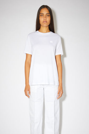 Ready-to-wear FA-WN-TSHI000001 Optic White 375x