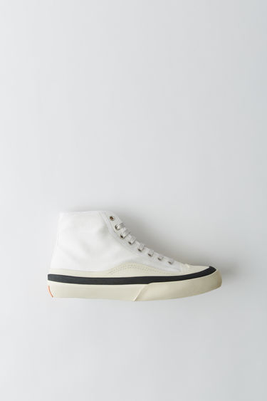 Acne Studios Blå Konst blue/white high top lace-up sneakers featuring chunky vulcanized soles.
