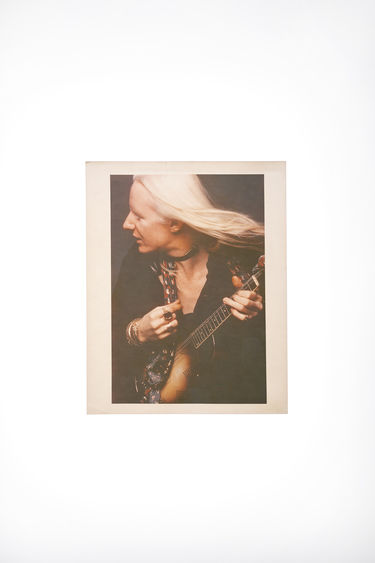 Johnny Winter Auction Johnny Winter Vintage 52 Black / Pale Pink 375x