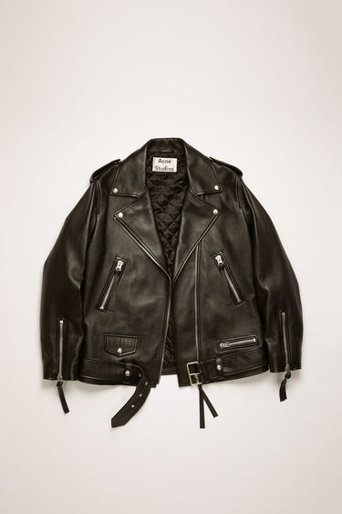 Acne Studios New Myrtle black jacket is crafted from soft lamb leather and shaped to an oversized fit. It features an array of front pockets, shoulder tabs, and padded, quilted lining.