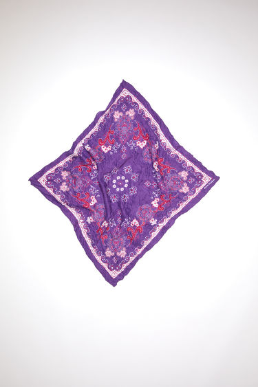 Acne Studios purple/pale pink crinkled, square-shaped bandana scarf is made of a lightweight cotton/silk blend and features a modified paisley print.